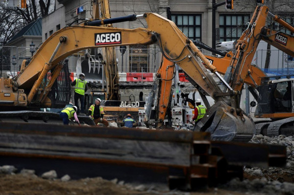 Washington Post: `Some Businesses Along the Purple Line Will Get Help to Survive Its Construction`